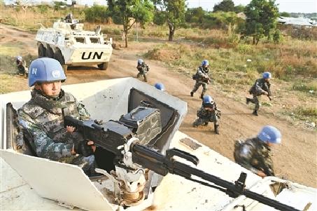 第5批赴南蘇丹維和步兵營組織以實戰為背景應急處突演練