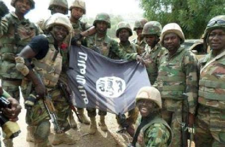 """""""博科聖地""""襲擊尼日利亞軍營"""