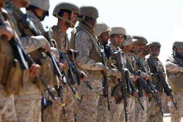 阿聯酋6名軍人在軍車相撞事故中身亡