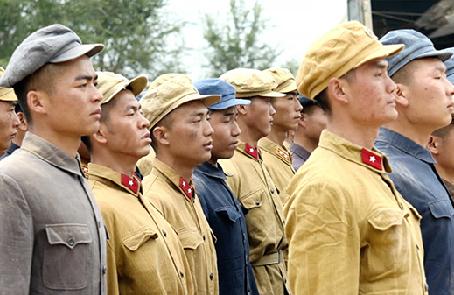 以軍人之精神激勵國人之精神