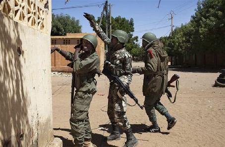 馬裏9名士兵遇襲身亡