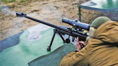 俄軍練習用狙擊步槍打直升機