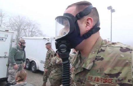 """優先保障戰備還是軍人健康?美媒稱美軍高層已""""焦頭爛額"""""""