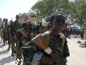"""索馬裏政府軍打死7名""""青年黨""""武裝分子"""
