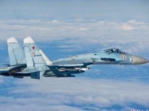 外媒:俄軍兩架蘇27戰機在黑海攔截美國空軍轟炸機