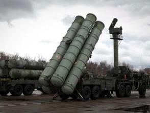 俄國防部接收今年第三批團級S-400導彈係統