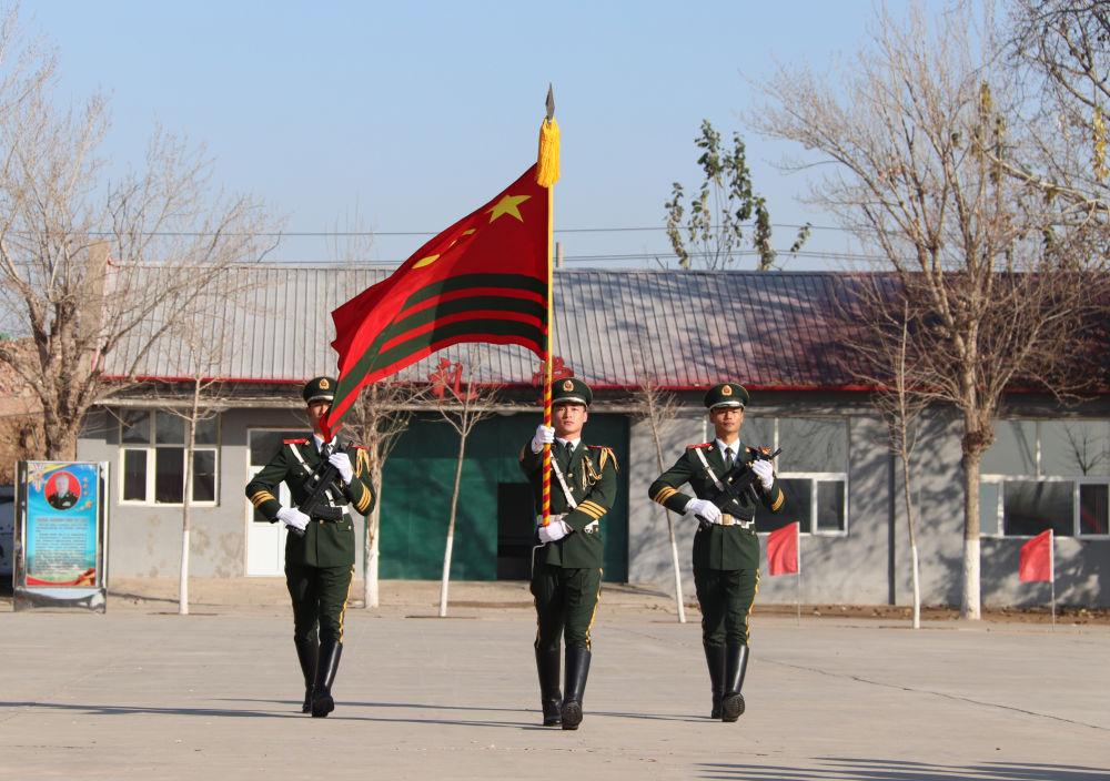 武警北京總隊新兵三大隊舉行2020年新兵授銜暨宣誓儀式