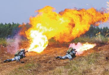 空地協同礪精兵:直擊海軍陸戰隊某旅戰術綜合演練