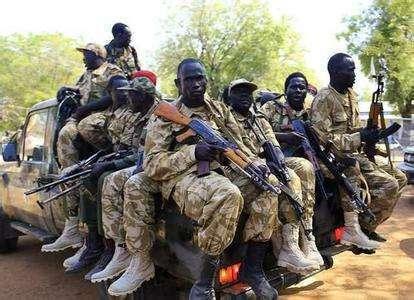 蘇丹軍方説在邊境地區繳獲大量武器彈藥