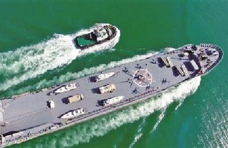 """伊朗展示""""航母級戰艦""""應對威脅"""