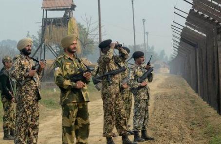 國防部發言人就印軍在邊界單方面挑起事端答問