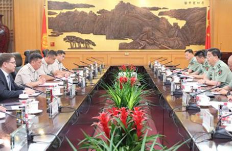 常萬全會見吉爾吉斯斯坦軍隊副總參謀長