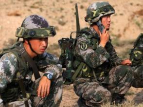 西部戰區陸軍某防空旅黨委班子以上率下練兵備戰