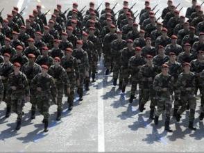 不滿削減軍費與總統互懟 法三軍參謀長辭職