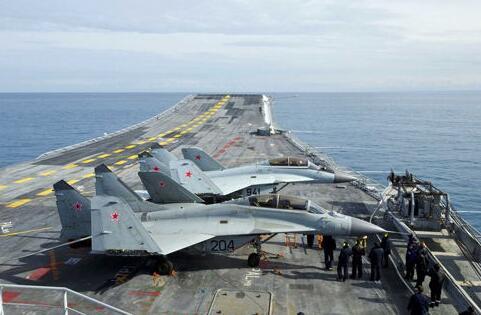 新航母什麼樣?俄披露新航母及艦載機計劃