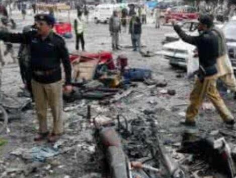 巴基斯坦東部發生自殺式炸彈襲擊致15人死亡