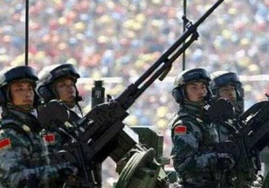 圍觀中國軍隊:世界媒體的評説與點讚