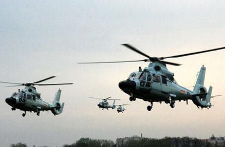 我軍首支艦載直升機團:曾冒險接護被劫570天船員