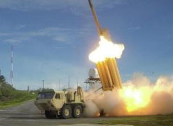 """美國和平人士反對在韓國部署""""薩德""""係統"""