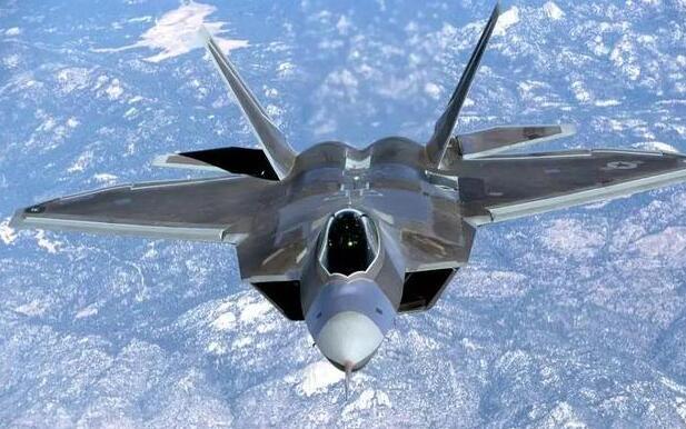美媒:蘇-57與F-22對決各有優勢