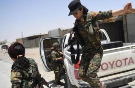 國際聯軍對敘利亞拉卡IS展開空襲 致42名平民身亡