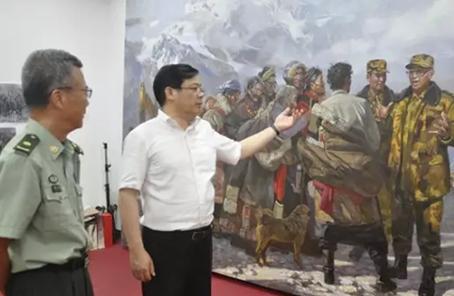 中國美協邀請有關領導和專家觀摩指導作品創作