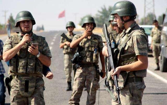 土耳其一警用客車遭炸彈襲擊致18人受傷