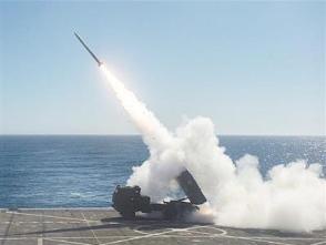 美陸炮上艦,可滅70千米外海上目標