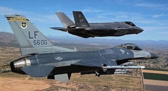 """陳虎點兵:F—16空戰中竟""""看""""不到F—35身影?"""