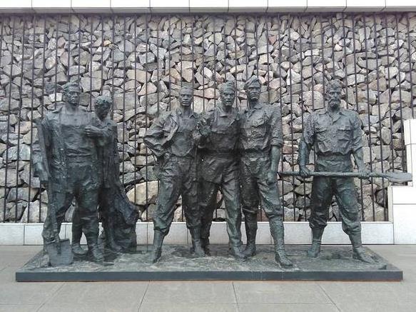 沈陽二戰盟軍戰俘營史實展在美國舊金山開幕