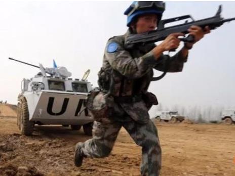 港媒:解放軍集訓錘煉維和戰力 時刻準備執行任務