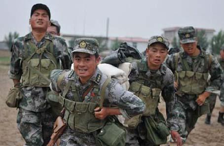 我軍新型裝配式工事應用邊防部隊