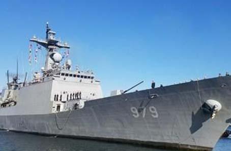 韓日海軍開展聯合搜救演習 提升應對船舶遇難情況