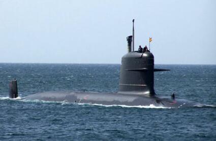 """印度首艘""""鲉魚""""級潛艇入役"""