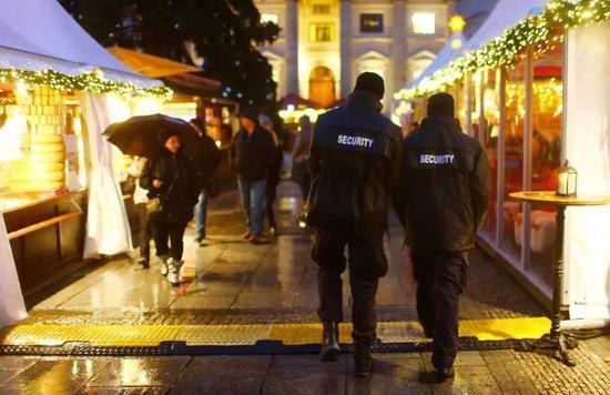 英國前反恐高官警告:恐怖分子或在聖誕前發動襲擊