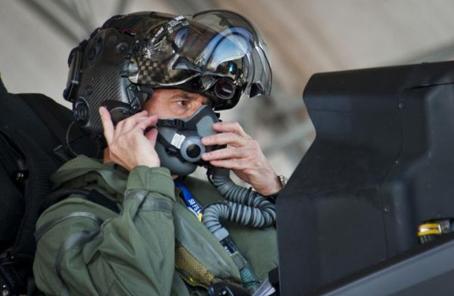 """美空軍欲打贏""""人才爭奪戰"""" 兵力將增至32.9萬人"""