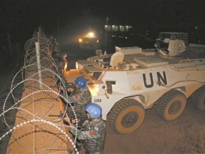 中國赴馬裏維和部隊強化夜間防衛演練