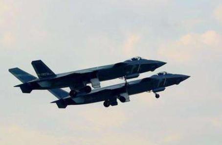美媒稱中國空軍今非昔比:致力自主研發空空導彈