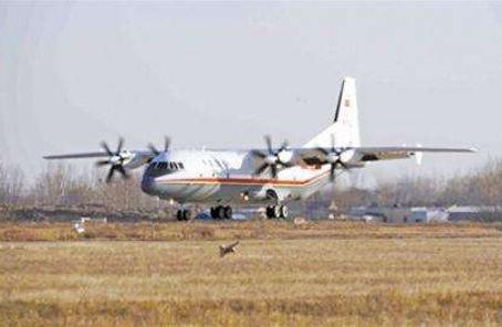 西部戰區空軍首次出動運-9飛機空轉搶救高原病危軍人