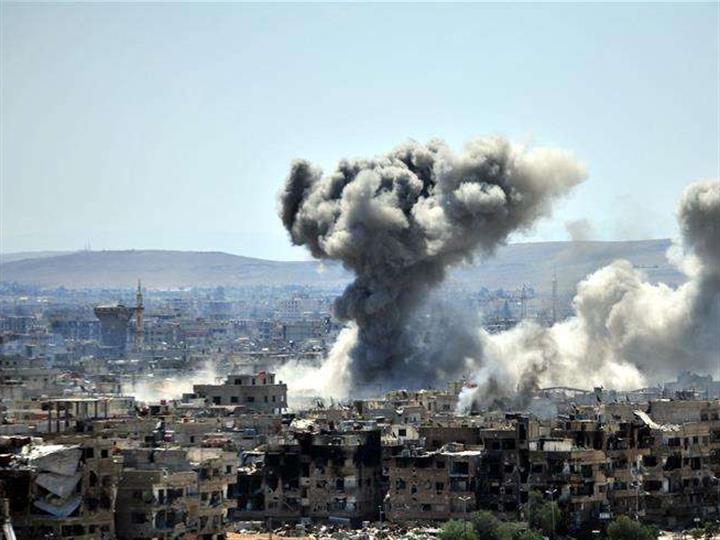"""敘政府軍對大馬士革南部""""伊斯蘭國""""據點持續打擊"""