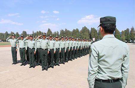 陸軍邊海防學院組織學員開展革命傳統教育記事
