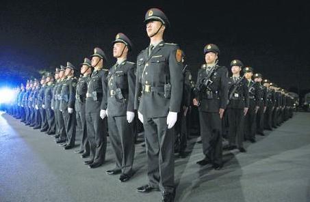 香港漢華中學校友會成立60周年 駐港部隊送祝福
