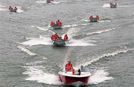 哈爾濱警備區組織軍地聯合抗洪搶險演練