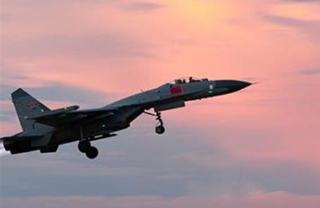 空軍組織多兵機種夜戰夜訓錘煉體係制勝能力
