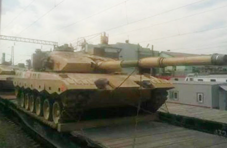 """俄媒稱中國4輛坦克抵俄參加""""坦克兩項""""比賽"""