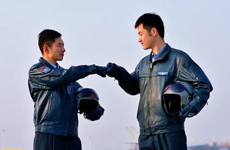 我與軍隊不解之緣|看完《我是中國軍人》,這些官兵説……