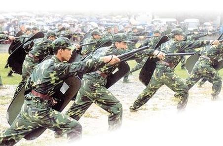 北京衛戍區錘煉民兵預備役部隊聯合作戰能力