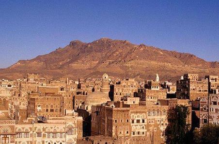 持續戰火致也門老城損毀嚴重 不少建築只剩框架