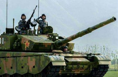"""徐焰: 坦克仍是""""陸戰之王"""""""