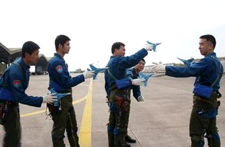 """空军航空兵某旅""""山竹""""过后第一时间恢复战备秩序"""
